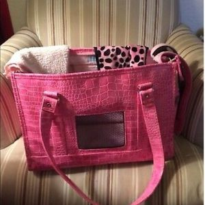 Chelsea Paws Pet Carrier
